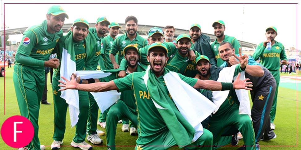 Team PAkistan celebrating