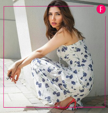 Mahira Khan, blue and white dress