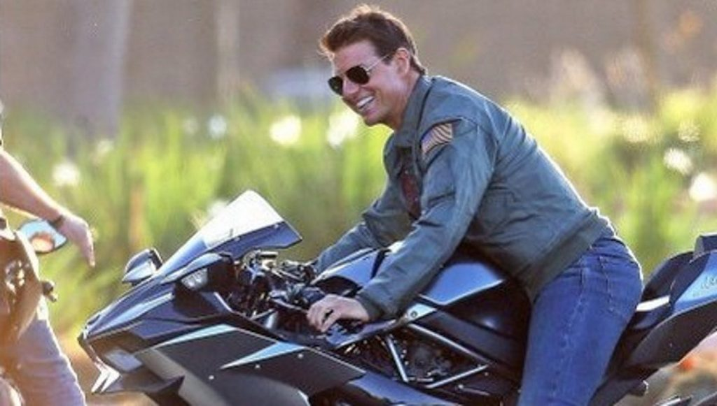 Tom Cruise on a Kawasaki in Top Gun