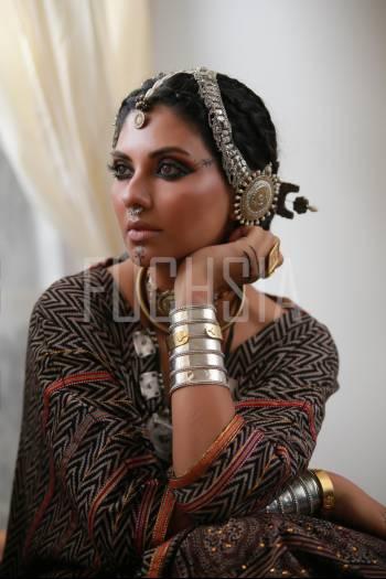 Sunita MArshall, Girl in ethnic jewelry