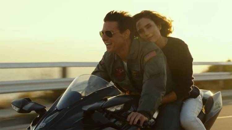 jennifer connelly, couple on a motorbike