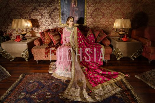Eshal Fayyaz, pink dress, clothes, winters