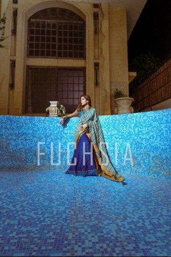Ayesha Omar, blue dress