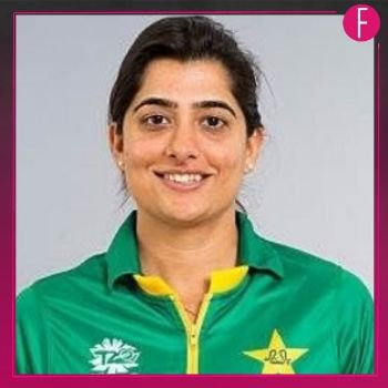 Sana Mir, Cricketer