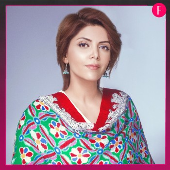 Hadiqa kayani, women in red and green