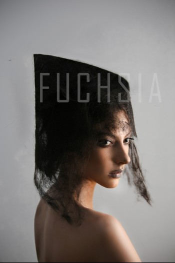FUCHSIA Magazine, Model Nimra, February
