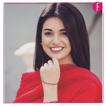 sarah khan- sabaat