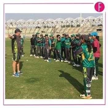 cricket coach mark coles coaching the pakistan women cricket team