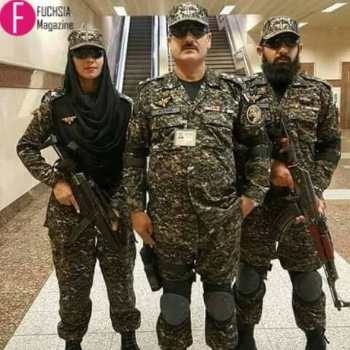 3 soldiers, 1 woman, 2 men, defence day