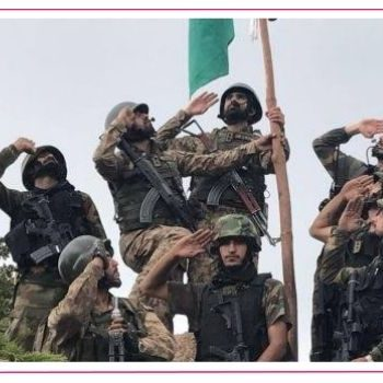 pakistan army, soldiers, saluting