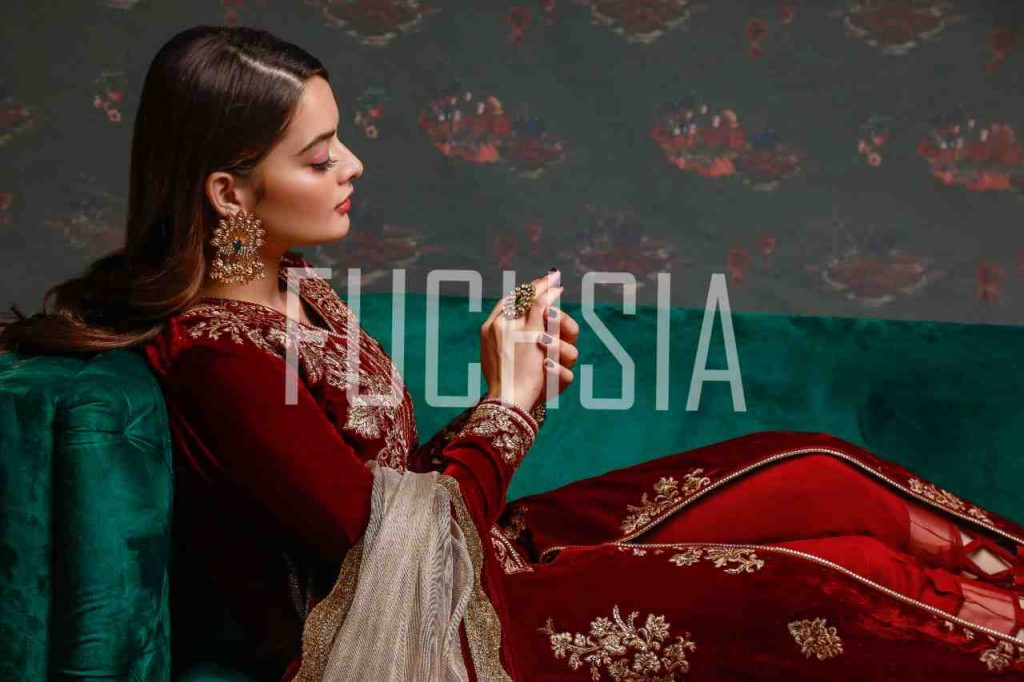 minal khan, cover shoot, photoshoot, style inspo, fashion shoot, asim jofa, designer, designer wear, winter fashion