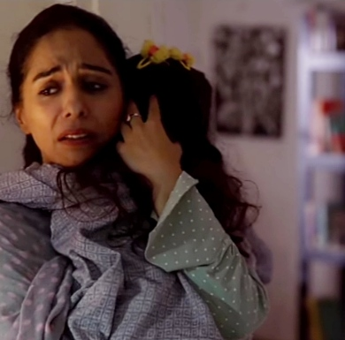 Yasra rizvi in dunk, dunk drama starring Bilal Abbas, nauman ijaz, yasra rizvi and Sana Javed