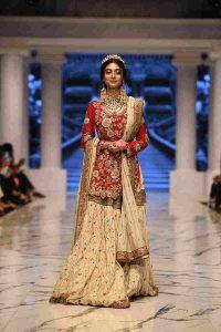 noor zafar khan in huma adnan, ramp walk, bridal, fashion week
