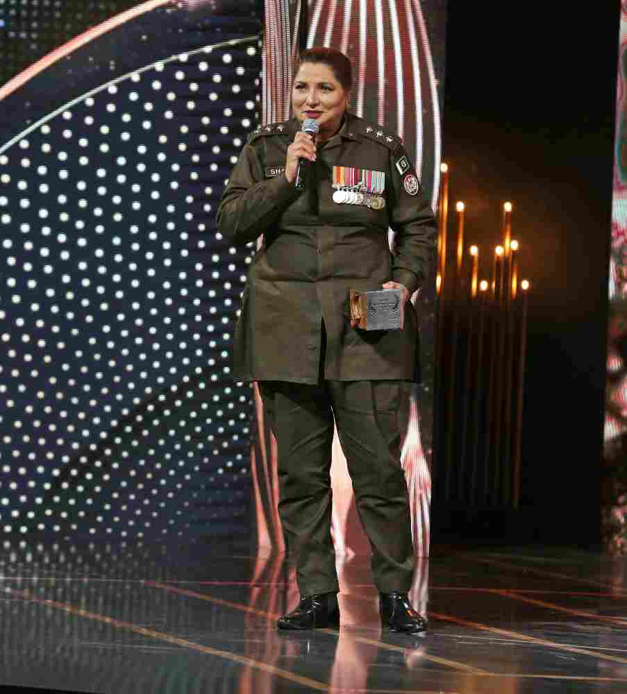 shezadi gulfam, hum women awards