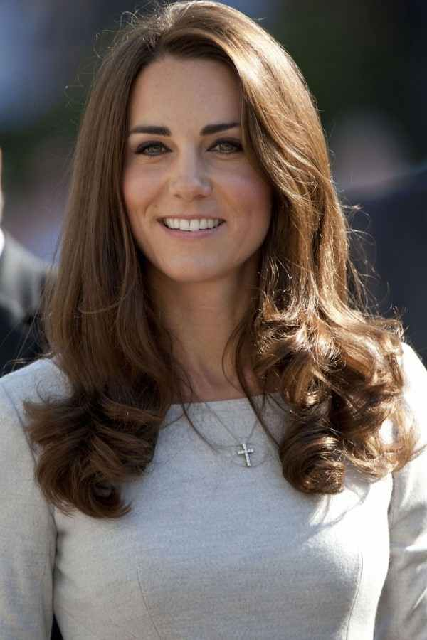 kate middleton, style inspo, Shoulder-Length-Hair-Styles-For-Women