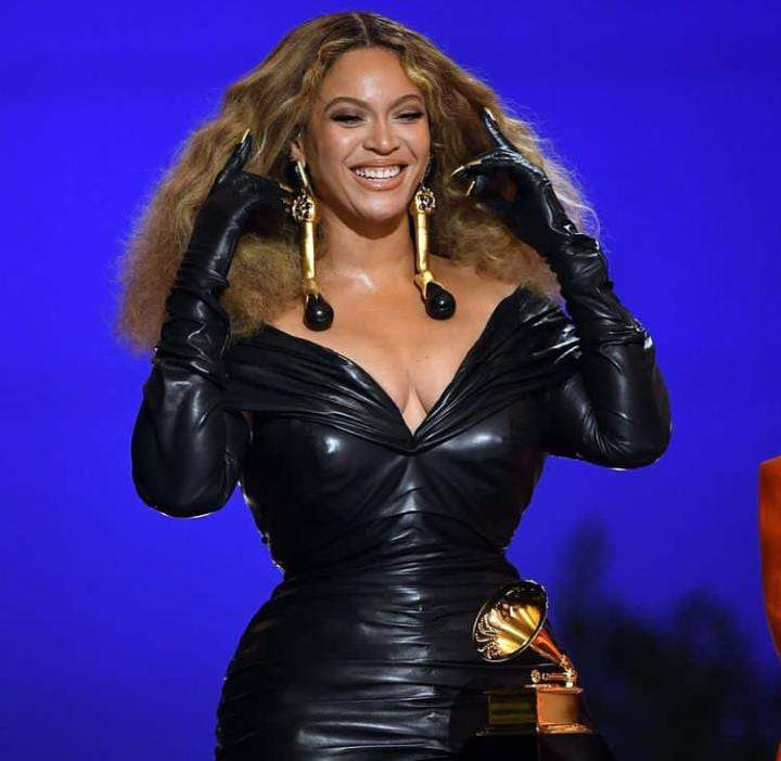 beyonce at the grammy's 2021, beyonce wins grammy, grammy's, beyonce