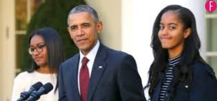 Obama with his daughters
