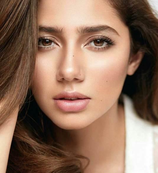 mahira khan, make up inspo, eye makeup 2021
