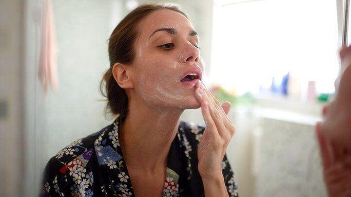 acne, washing face